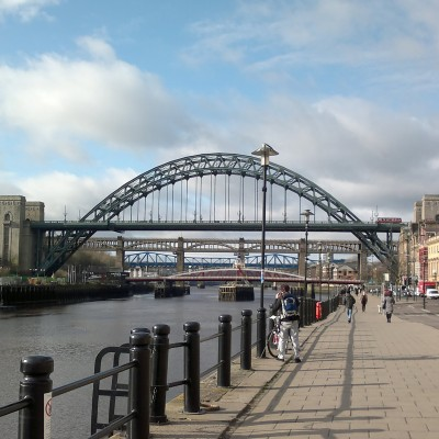6119432-Newcastles_Quayside_and_Iconic_Bridges_Newcastle_upon_Tyne